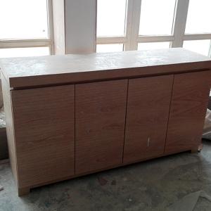 木饰面家具制作现场